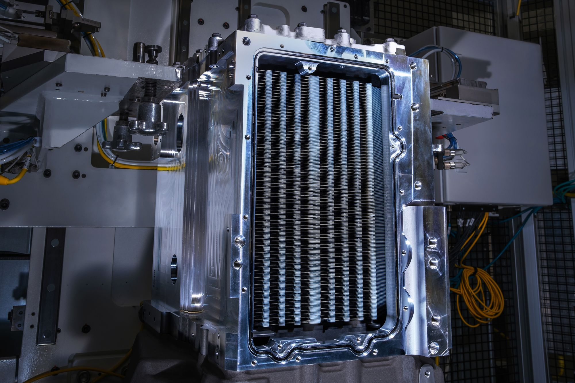 HYDROTEC hydrogen fuel cell-based electrical power generation system for aircraft applications