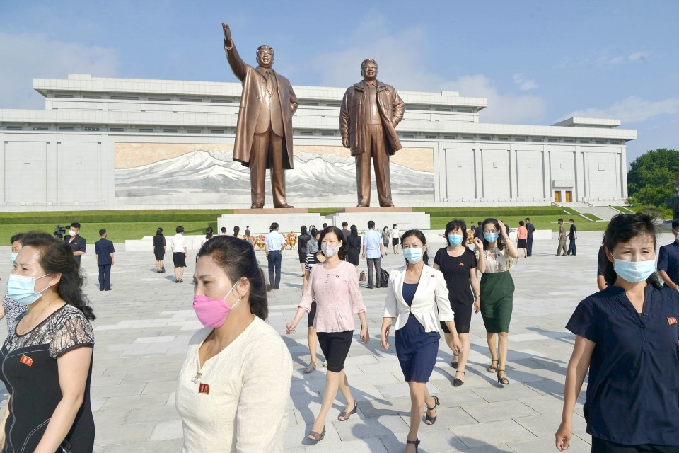 Chinese Communist Statues
