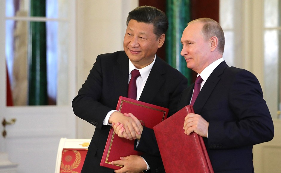 President Xi Of China (Left) President Putin Of Russia (Right)