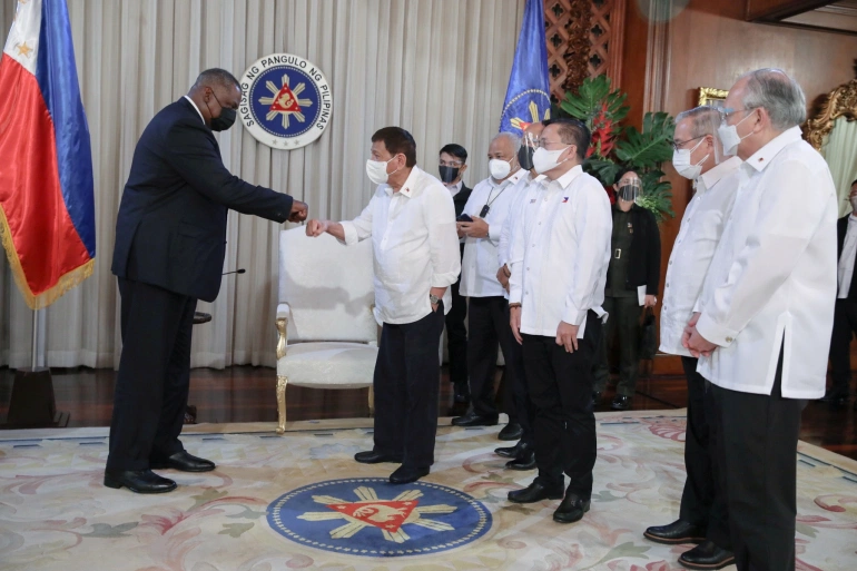 Duterte Restores Philippines's Key Military Agreement With US