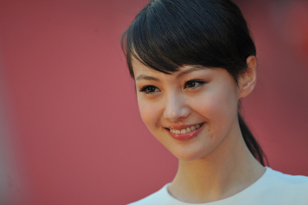 Chinese actress Zheng Shuang, now barred from social media sites over tax evasion charges, is shown in a file photo.